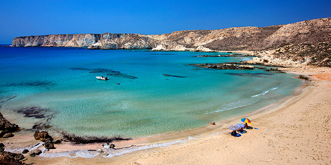 Να βουτάτε στα τιρκουάζ νερά στο Πορί και να χαλαρώνετε στον εναλλακτικό  παράδεισο των Κουφονησίων ef27802c7b5