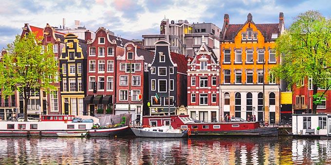 σχέσεις με το Άμστερνταμ