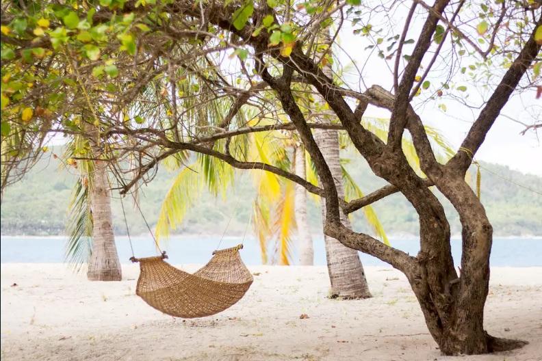 Εντυπωσιακά ιδιωτικά νησιά που πωλούνται προς μερικά εκατομμύρια ευρώ, από την Καραϊβική ως τον… Σαρωνικό!!!(photos)