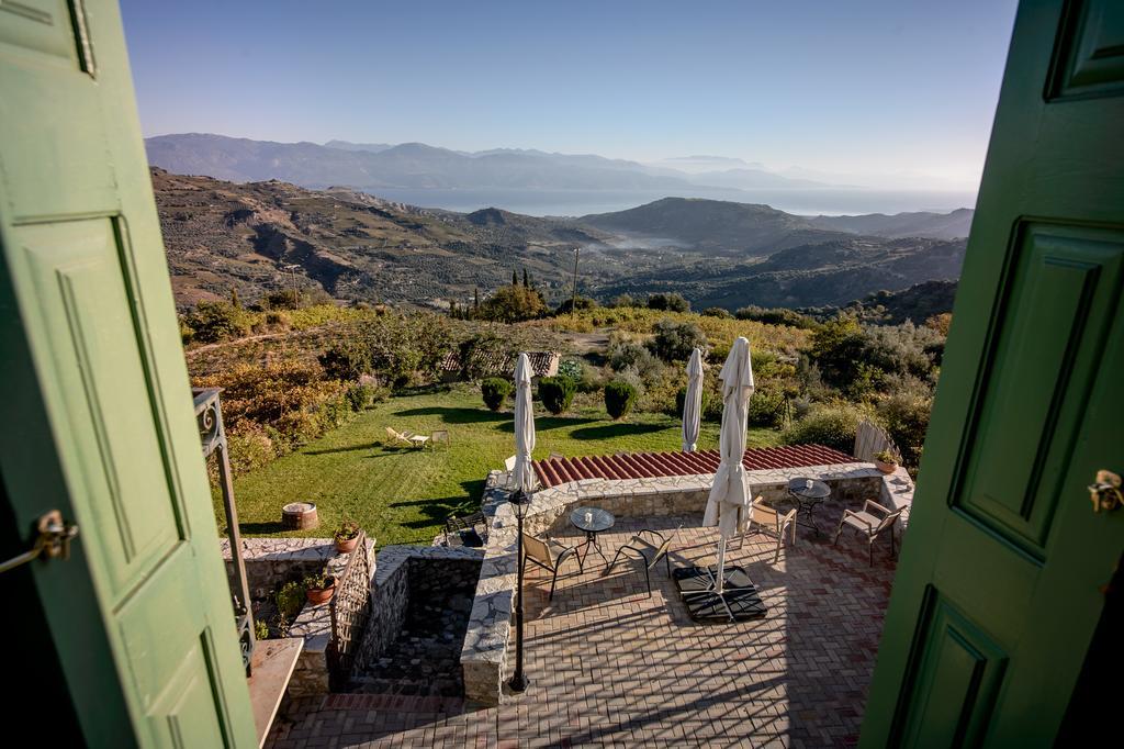 Πελοπόννησος: Οι 7 πιο ρομαντικοί ξενώνες για να περάσετε ένα ονειρεμένο  Σ/Κ!