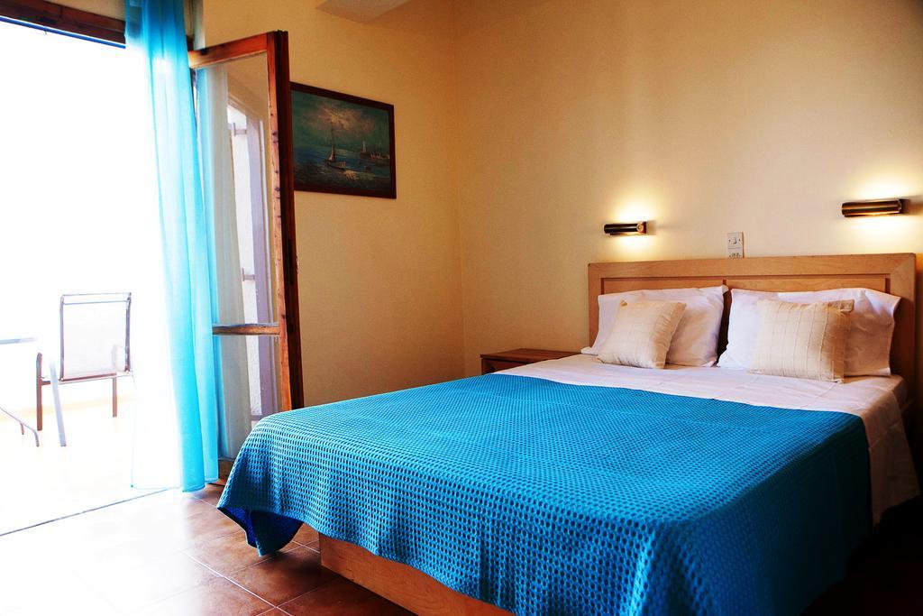 Τέλεια δωμάτια για σούπερ Σαββατοκύριακα στην Αίγινα (Photos)