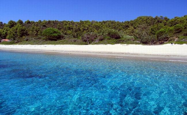 """Ποιος Άγιος Δομίνικος;Ανακαλύψτε τα καλά κρυμμένα """"μυστικά""""του νησιού από όπου κατάγεται ο Ντάνος!!!(photo)"""