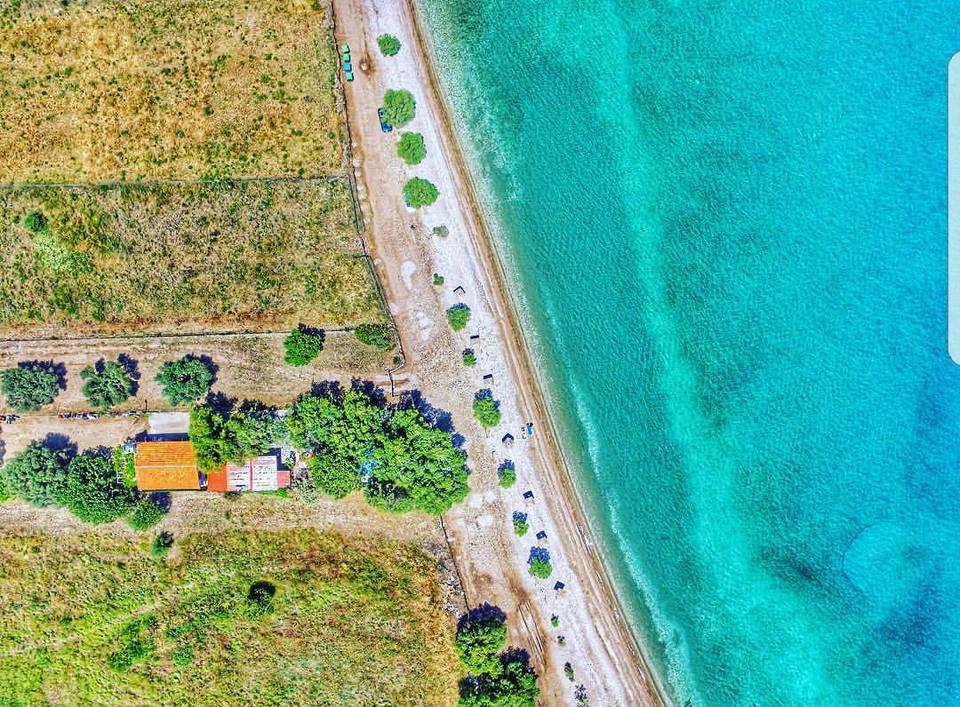 Παραλίες «καβάτζες» για ήρεμα μπάνια στην Αττική